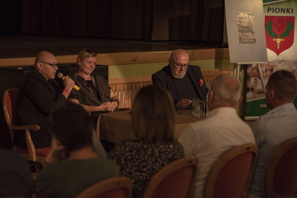 Spotkanie autorskie z Mariolą Wawrzusiak-Borcz i Rafałem Małecki, 30.07.2021, foto Rafał Borcz