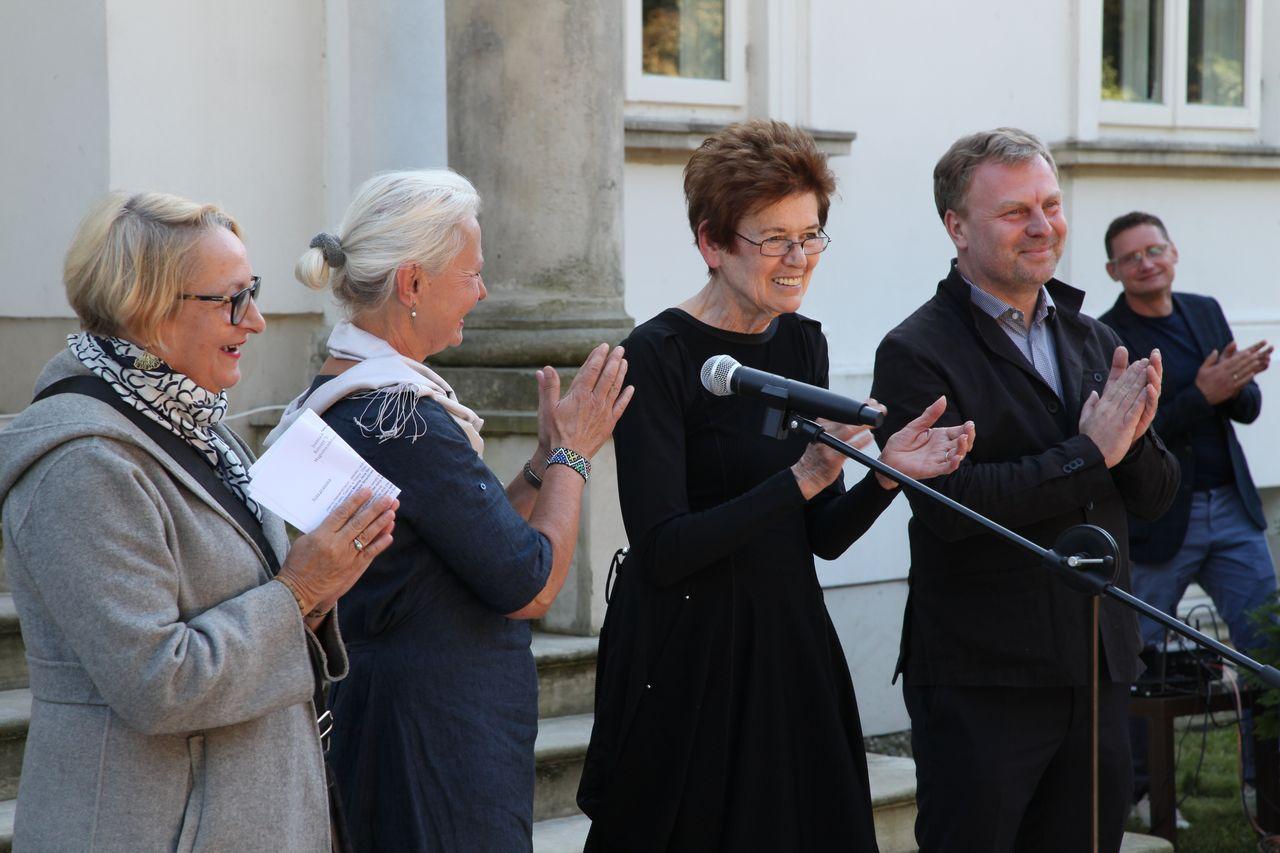 Od lewej Dorota Monkiewicz, Eulalia Domanowska, Ursula von Rydingsvard, Maciej Aleksandrowicz